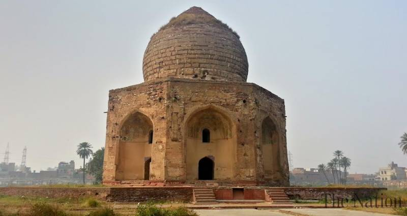 Forgotten tombs of Shahdra