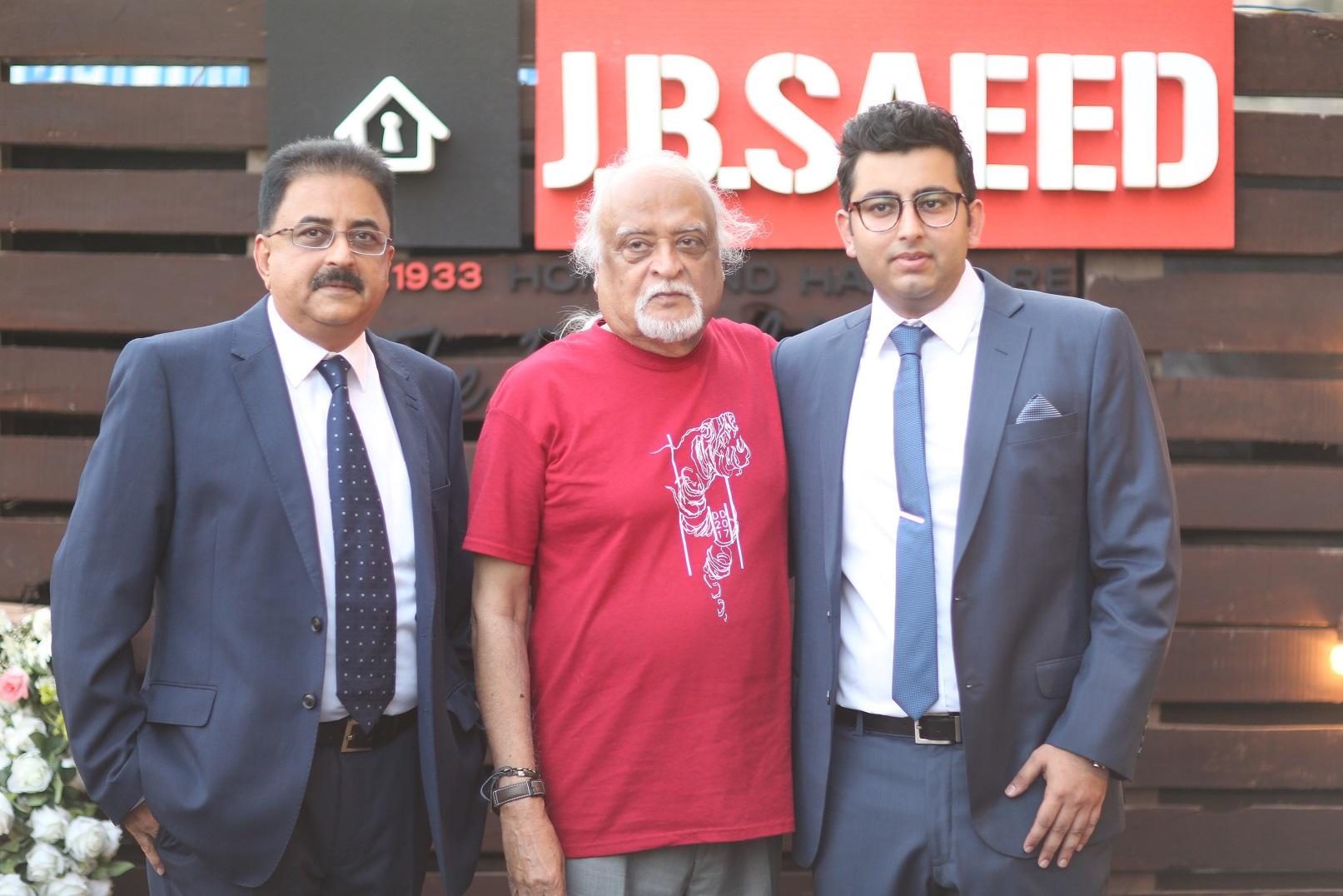 Mansoor Ahmed Kushtiwala, Anwar Maqsood, Osama Mansoor (1)