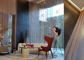 Application of metal ring mesh curtain in interior decoration